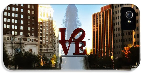 Love Park - Love Conquers All IPhone 5 / 5s Case by Bill Cannon