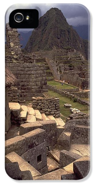 IPhone 5 / 5s Case featuring the photograph Machu Picchu by Travel Pics