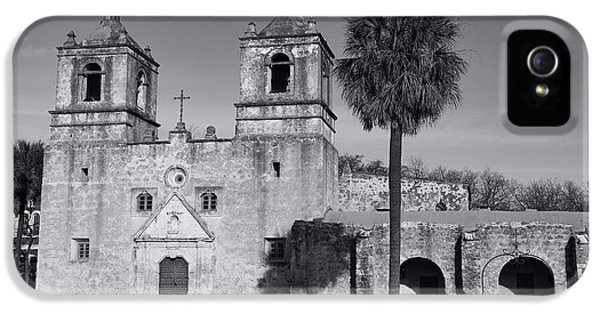 Americans iPhone 5 Cases - Mission Concepcion -- BW iPhone 5 Case by Stephen Stookey