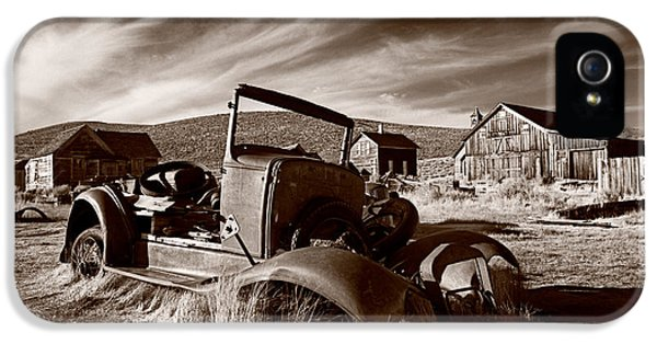 Abandoned iPhone 5 Cases - Model A Bodie iPhone 5 Case by Steve Gadomski