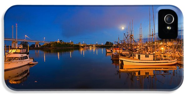 Moonrise iPhone 5 Cases - Moon over Sitka Marina iPhone 5 Case by Mike  Dawson