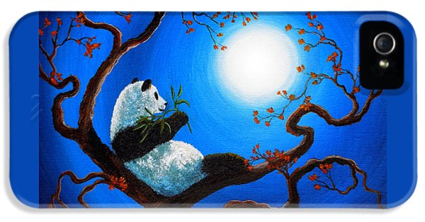 Moonlit Snack IPhone 5 / 5s Case by Laura Iverson