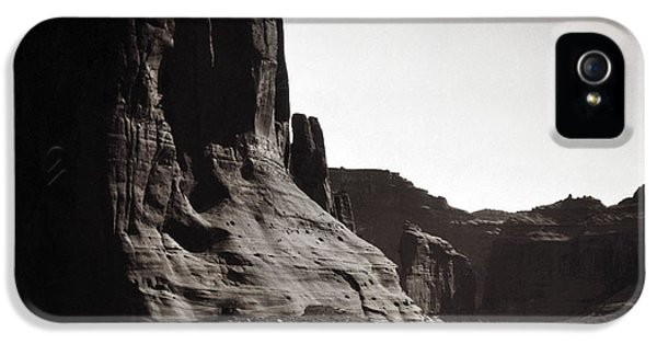 Native American iPhone 5 Cases - Navajos: Canyon De Chelly, 1904 iPhone 5 Case by Granger