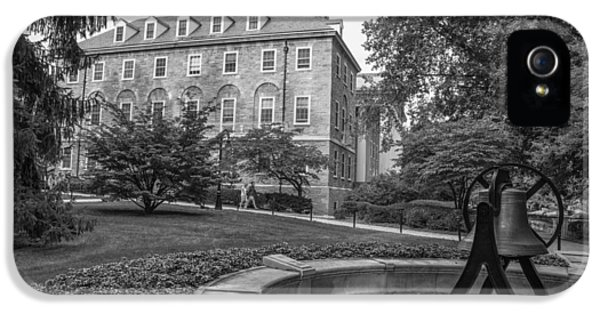 Old Main Penn State University  IPhone 5 / 5s Case by John McGraw