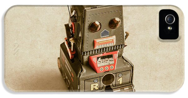 Old Weathered Ai Bot IPhone 5 / 5s Case by Jorgo Photography - Wall Art Gallery