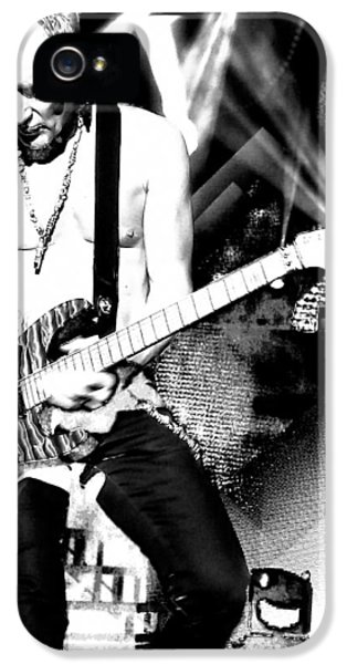 Phil Collen Of Def Leppard 4 IPhone 5 / 5s Case by David Patterson
