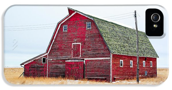 Red Winter Barn IPhone 5 / 5s Case by Todd Klassy