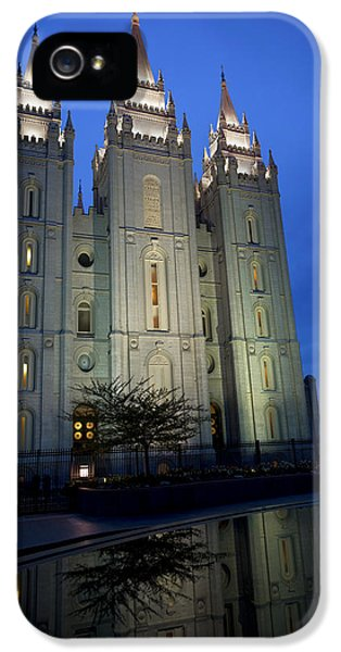 Reflective Temple IPhone 5 / 5s Case by Chad Dutson