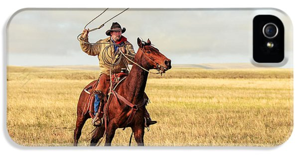 Roping On The High Plains IPhone 5 / 5s Case by Todd Klassy
