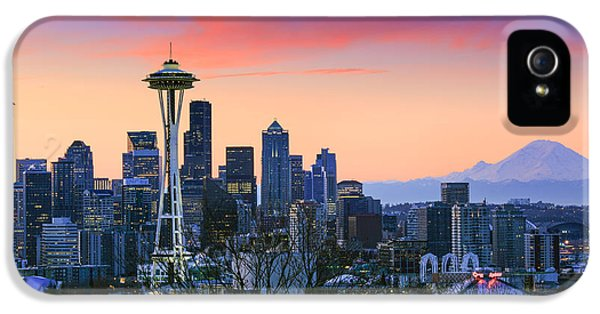 Seattle Waking Up IPhone 5 / 5s Case by Inge Johnsson