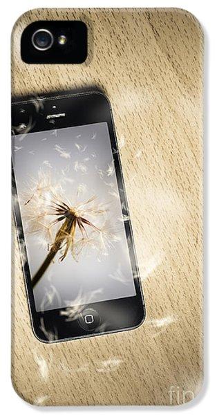 Environment Concept Art iPhone 5 Cases - Seeding connectivity iPhone 5 Case by Ryan Jorgensen