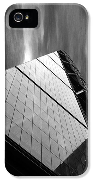 Sharp Angles IPhone 5 / 5s Case by Martin Newman