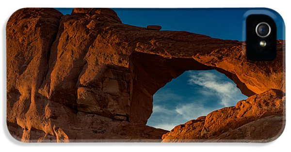 American Western iPhone 5 Cases - Skyline Arch At Sunset iPhone 5 Case by Rick Berk