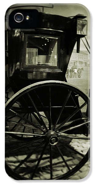 National Museum Of America History iPhone 5 Cases - Smithsonian Institute Carriage iPhone 5 Case by Kyle Hanson