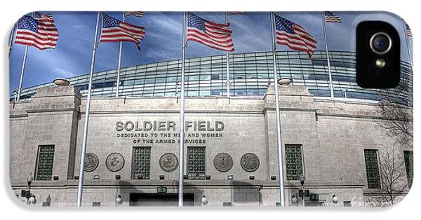 Soldier Field IPhone 5 / 5s Case by David Bearden