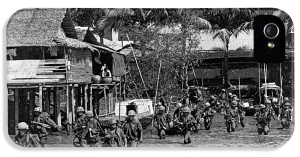 Soldiers In The Mekong Delta IPhone 5 / 5s Case by Underwood Archives