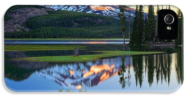 Environmental iPhone 5 Cases - Sparks Lake Sunrise iPhone 5 Case by Inge Johnsson