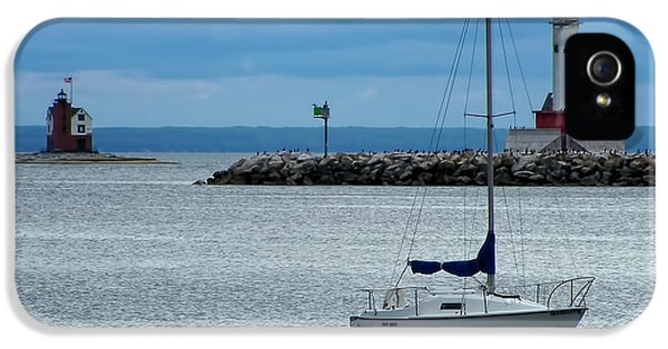 Storm Over Mackinac IPhone 5 / 5s Case by Pamela Baker