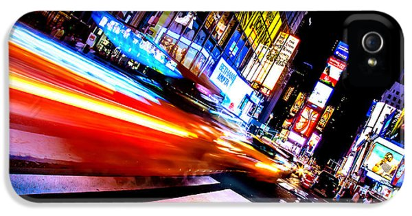 Taxis In Times Square IPhone 5 / 5s Case by Az Jackson