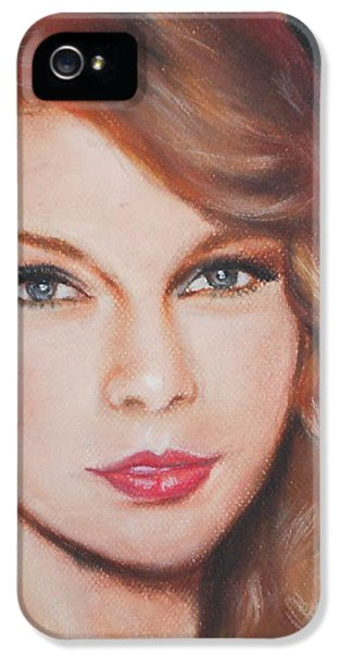 Taylor Swift  IPhone 5 / 5s Case by Ronnie Melvin