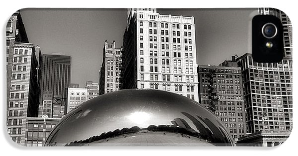 Cloud Gate iPhone 5 Cases - The Bean - 3 iPhone 5 Case by Ely Arsha