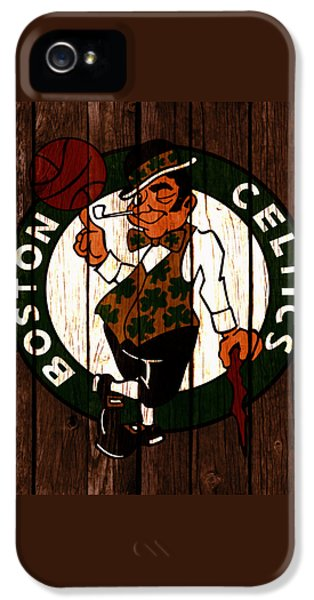 The Boston Celtics 2c IPhone 5 / 5s Case by Brian Reaves