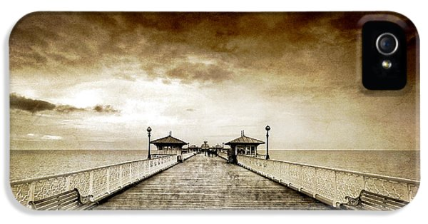 Pier iPhone 5 Cases - the pier at Llandudno iPhone 5 Case by Meirion Matthias