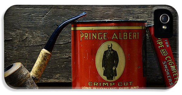 Nicotine iPhone 5 Cases - The Pipe Smoker iPhone 5 Case by Paul Ward