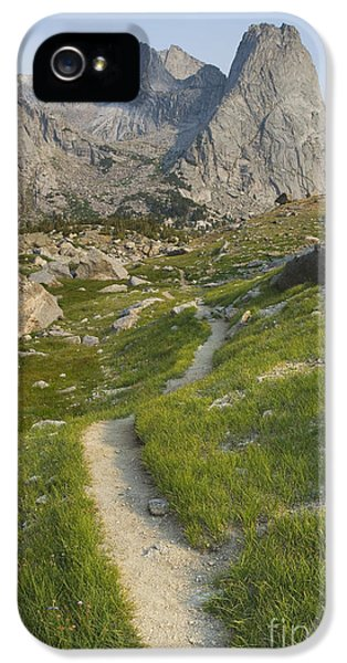 Point Of View iPhone 5 Cases - The Trail Overlooking The Cirque iPhone 5 Case by Alan Majchrowicz