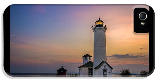 Foghorn iPhone 5 Cases - Tibbets Point Light iPhone 5 Case by Mark Papke