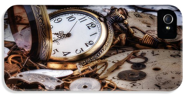 Time Machine Still Life IPhone 5 / 5s Case by Tom Mc Nemar