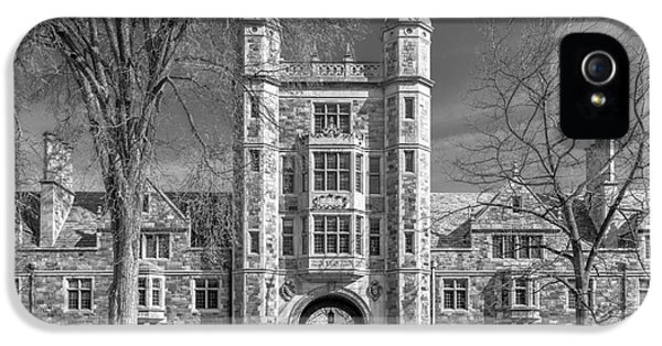 University Of Michigan Law Quad IPhone 5 / 5s Case by University Icons