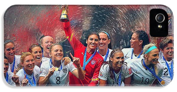 Us Women's Soccer IPhone 5 / 5s Case by Semih Yurdabak