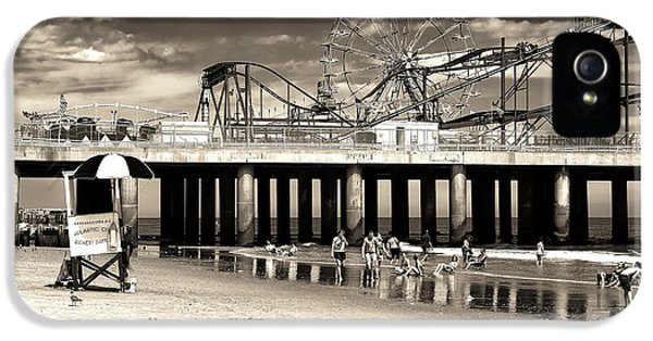 Steel iPhone 5 Cases - Vintage Steel Pier iPhone 5 Case by John Rizzuto