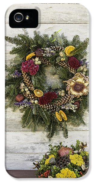 Potting Shed iPhone 5 Cases - Williamsburg Wreath 10 iPhone 5 Case by Teresa Mucha