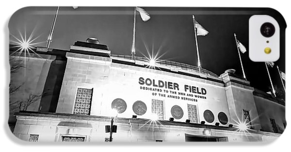 0879 Soldier Field Black And White IPhone 5c Case by Steve Sturgill