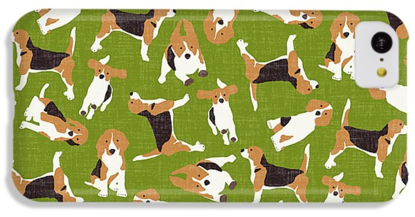 Beagle Scatter Green IPhone 5c Case by Sharon Turner