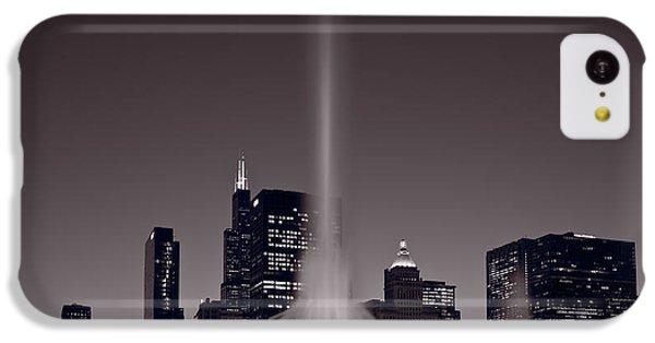 Buckingham Fountain Nightlight Chicago Bw IPhone 5c Case by Steve Gadomski