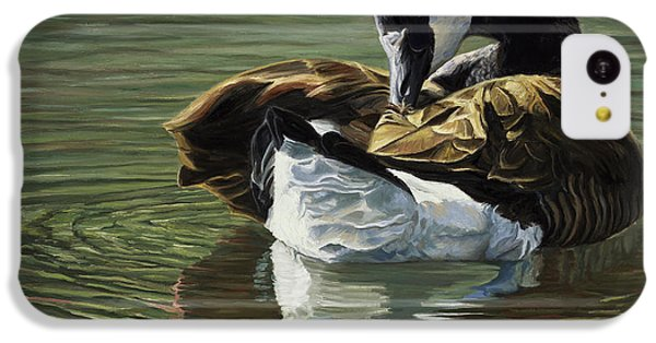 Canadian Goose IPhone 5c Case by Lucie Bilodeau