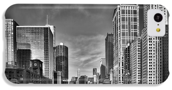 Chicago River In Black And White IPhone 5c Case by Sebastian Musial