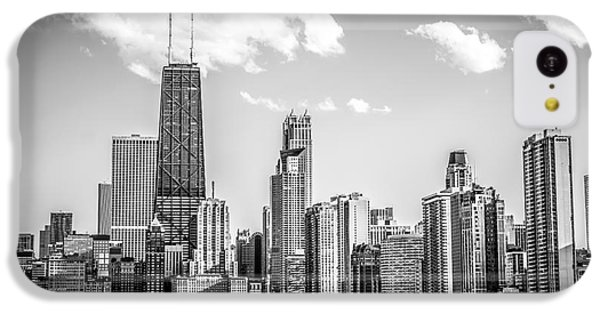 Chicago Skyline Picture In Black And White IPhone 5c Case by Paul Velgos