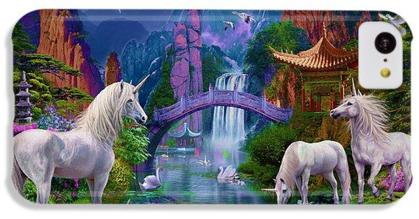 Chinese Unicorns IPhone 5c Case by Jan Patrik Krasny