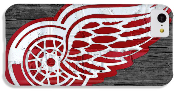 Detroit Red Wings Recycled Vintage Michigan License Plate Fan Art On Distressed Wood IPhone 5c Case by Design Turnpike