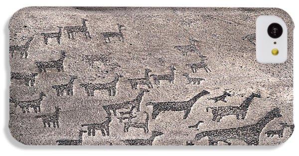Geoglyphs At Tiliviche Chile IPhone 5c Case by James Brunker