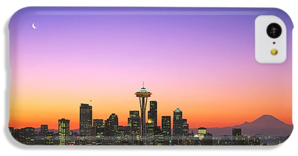 Good Morning America. IPhone 5c Case by King Wu