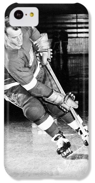 Gordie Howe Skating With The Puck IPhone 5c Case by Gianfranco Weiss