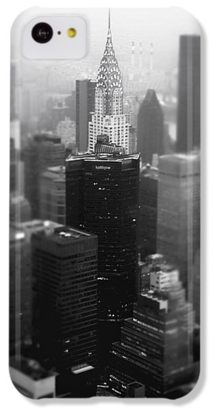New York City - Fog And The Chrysler Building IPhone 5c Case by Vivienne Gucwa