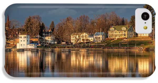 Reflection Of A Village - Phoenix Ny IPhone 5c Case by Everet Regal