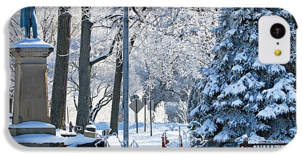 Whitehouse Village Park  7360 IPhone 5c Case by Jack Schultz