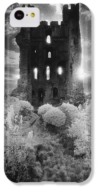 Helmsley Castle IPhone 5c Case by Simon Marsden